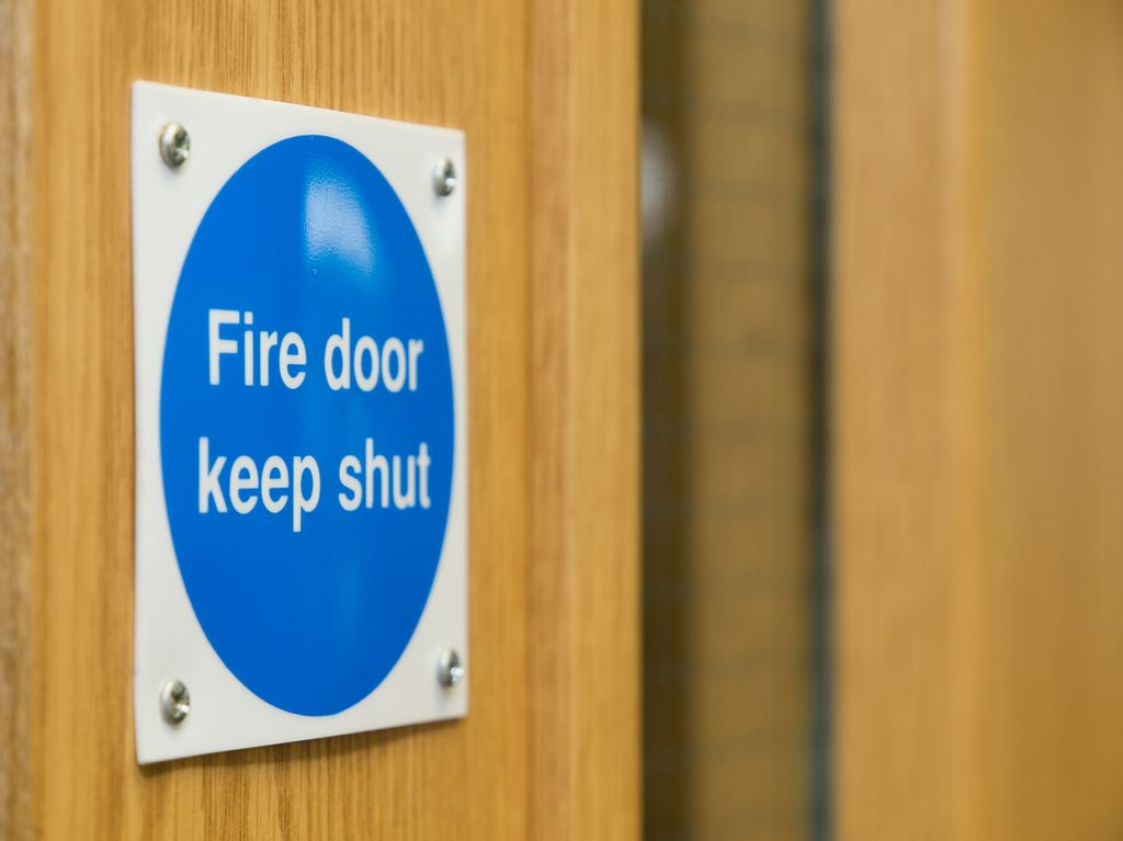 How to Choose a Fire Door: From the Right Door Closer to FD30 Fire Doors