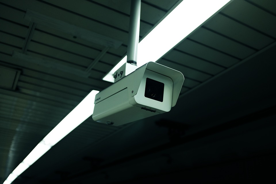 Four Signs That You Need CCTV